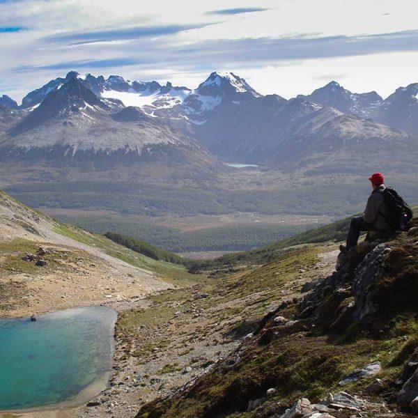 Türkisfarbener See in Ushuaia